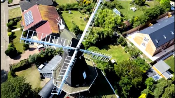 地域博物館としての粉ひき風車(Herne windmill)